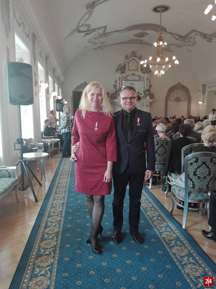 (FOTO) Nagrodzeni nauczyciele i pracownicy oświaty z PCKZiU