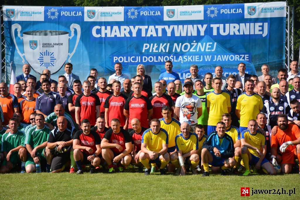 (FOTO) IV Charytatywny Turniej Piłki Nożnej Policji Dolnośląskiej w Jaworze