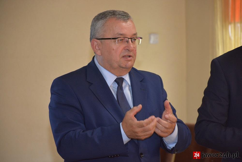 (FILM) Adamczyk o remoncie DK3: Samorząd Jawora w tej sprawie nic nie zrobił