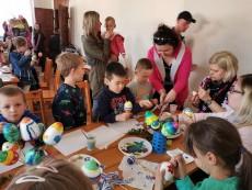 (FOTO) Malowanie świątecznych pisanek w Targoszynie za nami